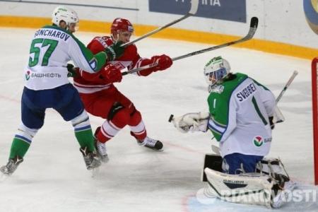 «Спартак», «Северсталь» и «Сочи» бьются за место в плей-офф