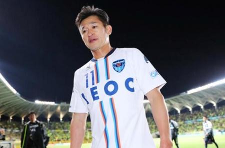 50-летний Кадзу Миура продлил контракт с «Йокогамой»