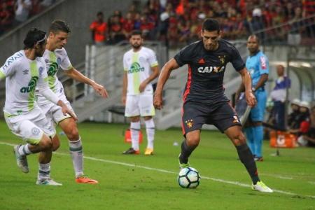 «Шапекоэнсе» покинет зону вылета, «Сан-Паулу» войдет в квартет лидеров
