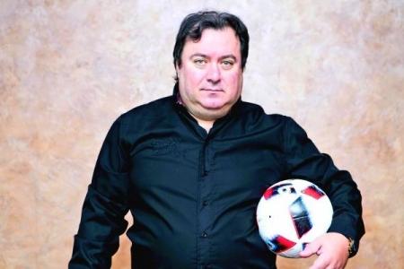 Алексей Сафонов: За счет Кокорина и Мамаева постелить новые футбольные поля и выпустить их на свободу