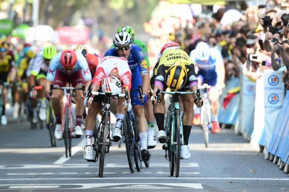Калеб Юэн выиграл 11-й этап Тур де Франс