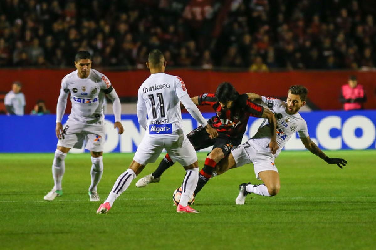 «Сантос» должен уверенно разобраться с «Атлетико Паранаэнсе»