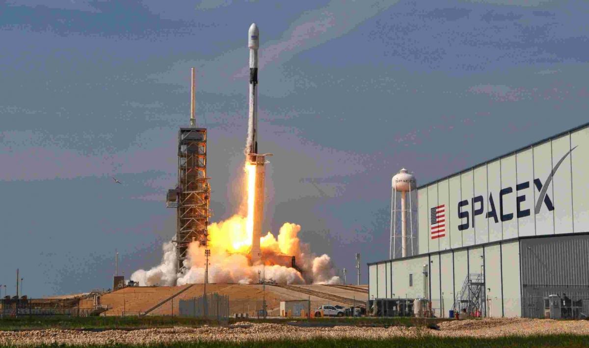 SpaceX первым отправит человека на Марс