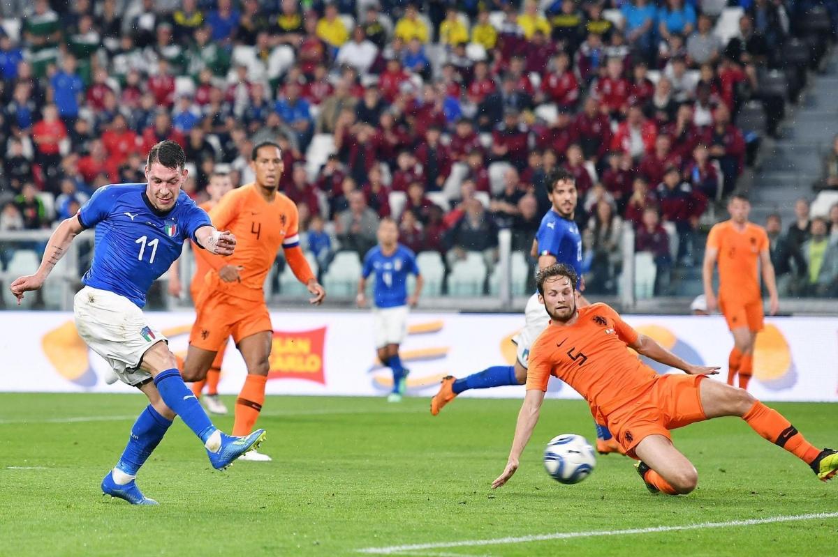Прервёт ли сборная Нидерландов беспроигрышную серию итальянцев?