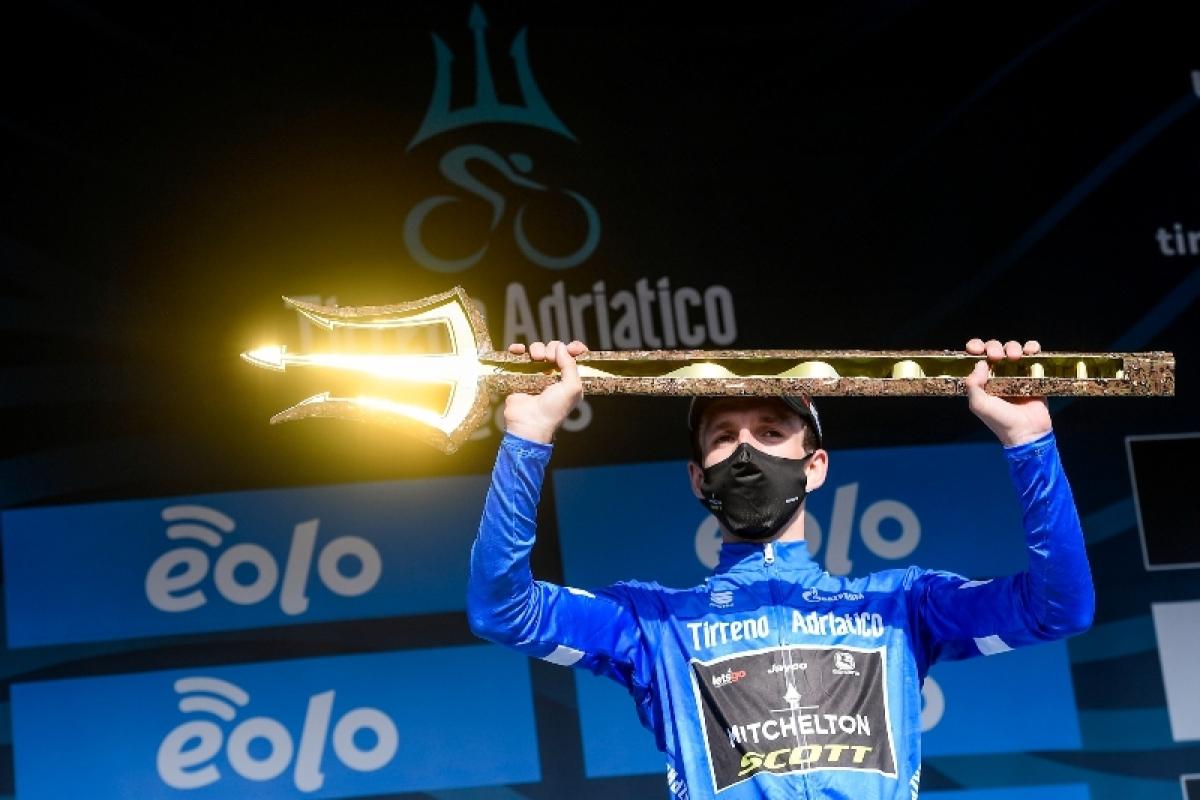 Саймон Йейтс выиграл Тиррено-Адриатико-2020