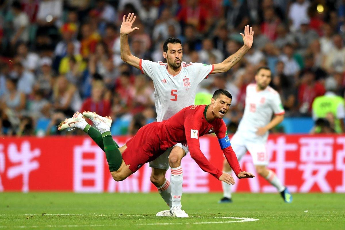 Португалия - Испания. Чья беспроигрышная серия продлится?