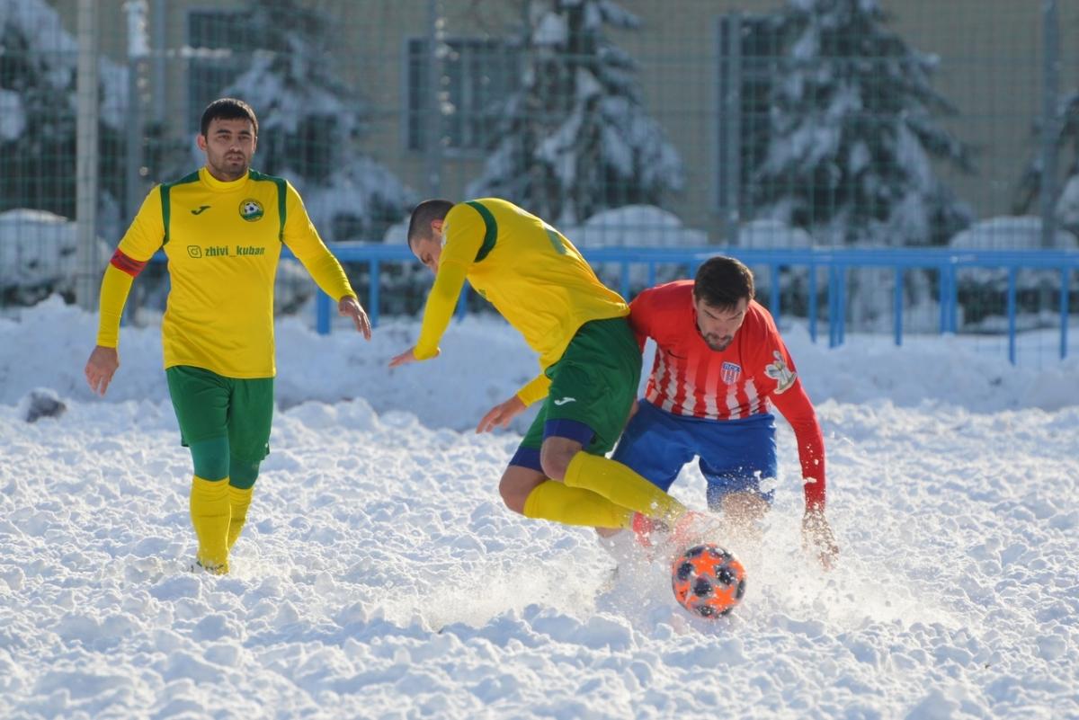 «Кубань» сыграла вничью с ПСК. Судьи отменили два гола «желто-зеленых»