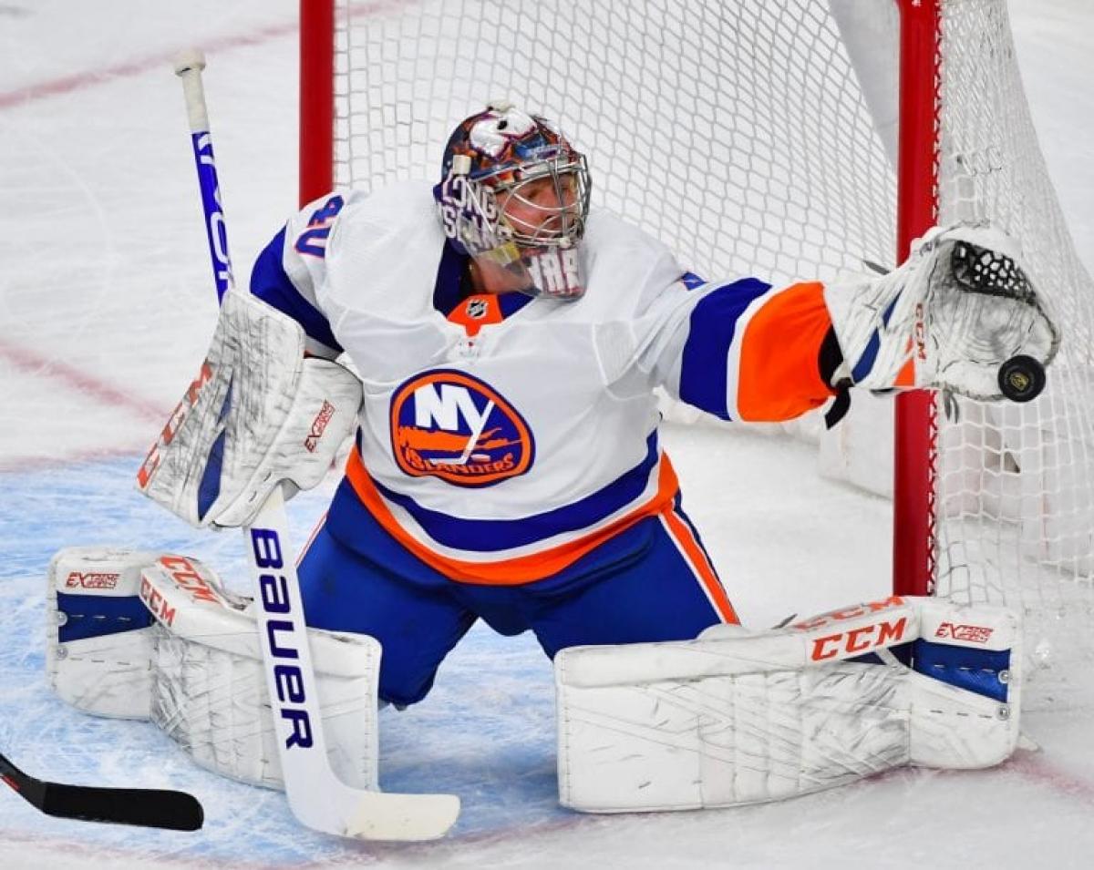 Илья Сорокин признан первой звездой дня в НХЛ
