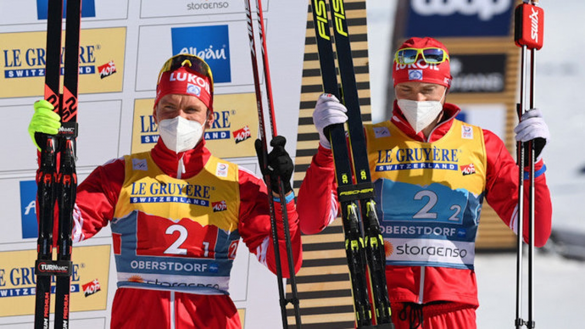Большунов и Ретивых взяли бронзу в командном спринте на чемпионате мира
