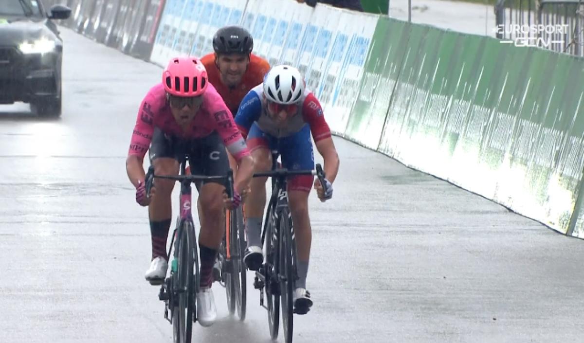 Штефан Биссегер – победитель 4 этапа Тура Швейцарии-2021