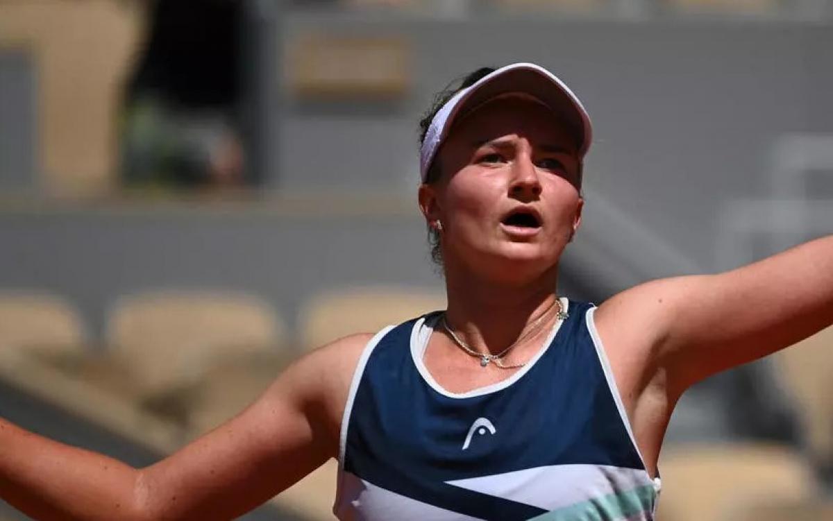 Крейчикова стала соперницей Павлюченковой в финале French Open