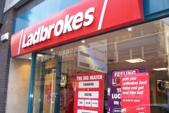 Онлайн-букмекер Ladbrokes отказался от российского рынка